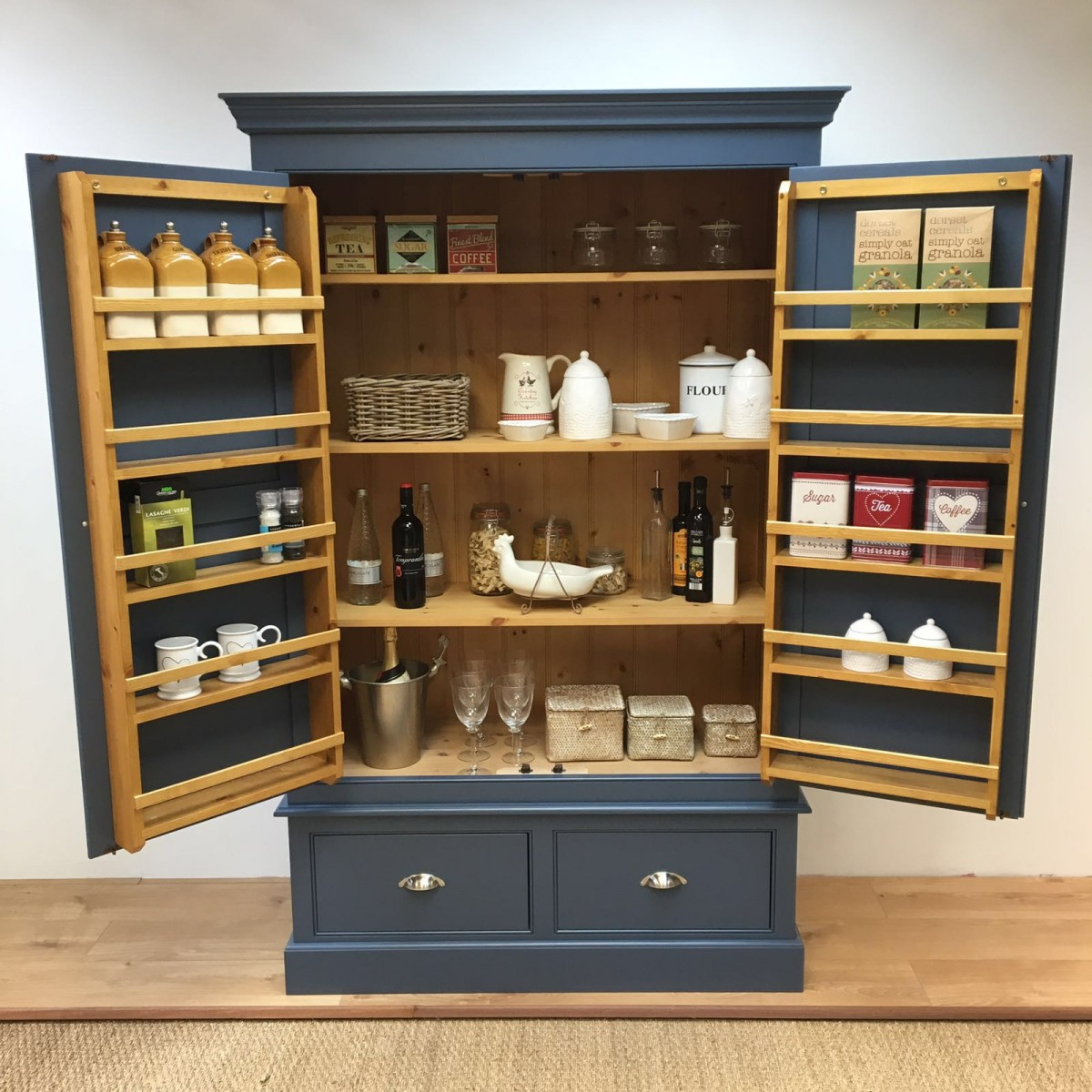 Oak Kitchen Larder Units
