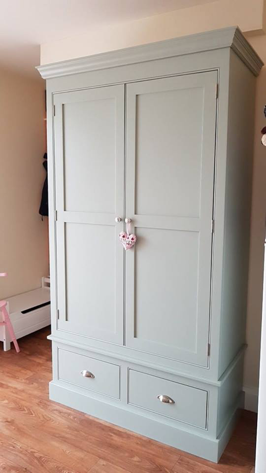 bespoke-larders-pantry-unit
